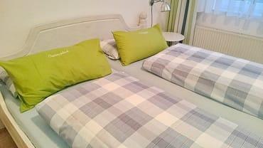 Schlafzimmer: Die Betten sind bei Ankunft bezogen!