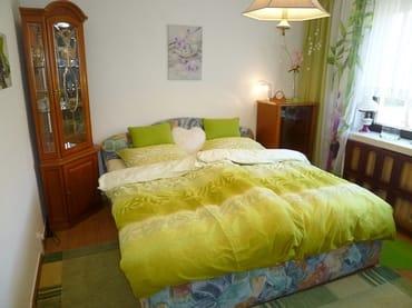 Drittes Schlafzimmer im italienischen Stil im EG