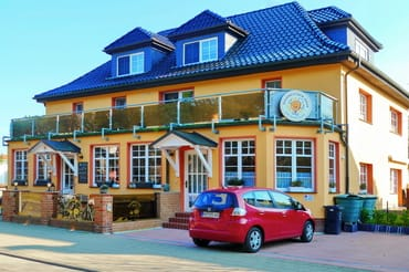 Pfannkuchenhaus-Dierhagen, FeWo 2 oben links!