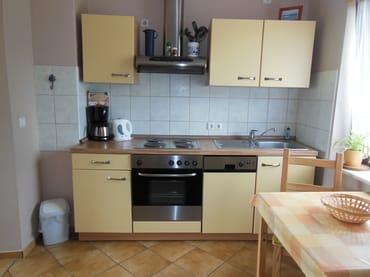 Typ 1/1 - Küche mit Kühl- und Gefrierfach....