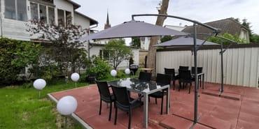Terrasse mit Grill und Feuerschale
