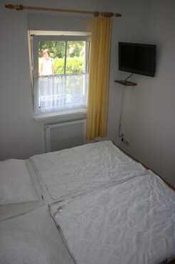 Schlafzimmer // TV