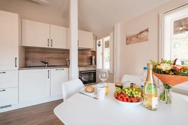 Küchenzeile/ Essbereich
