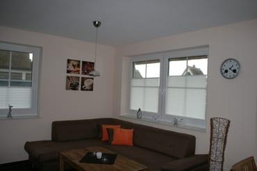 Wohnzimmer mit gemütlicher Eckcouch