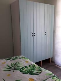 Schlafzimmer 1 OG Schrank