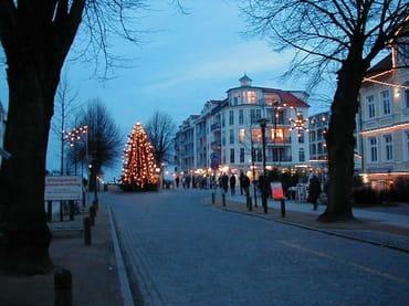 Strandstraße zu Weihnachten
