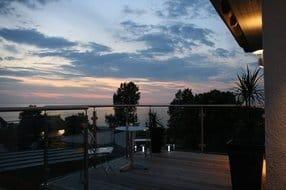 Romantische Abendstimmung auf der Dachterrasse