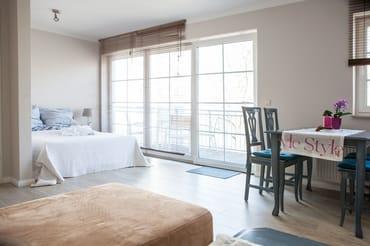 Wohnzimmer mit zusätzlicher Schlafnische