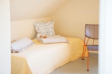 zweites Schlafzimmer - Einzelbett