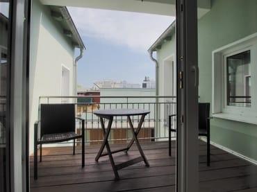 FW3, überdachter  Balkon