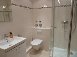 Badezimmer/ Toilette
