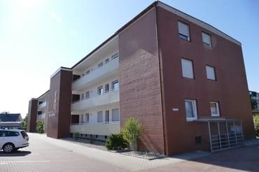 Appartementhaus Strandfee, Einfahrt Parkplatz