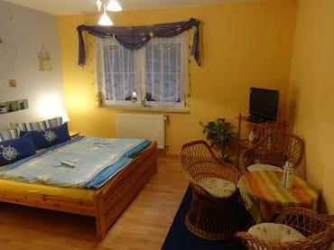Wohn-/Schlafzimmer Ansicht1