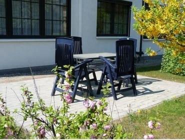 Gartenanteil mit Terrasse
