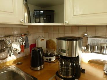 hochwertige Geräte wie Toaster, Wasserkocher, Eierkocher, Kaffeemaschine