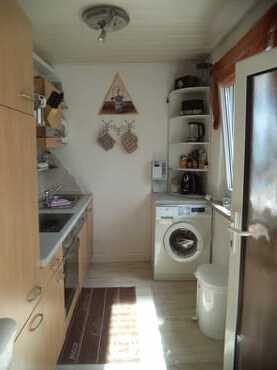 Küche mit Spülmaschine, Münzwaschmaschine,Herd , Mikrowelle, Kaffeemaschine ect.