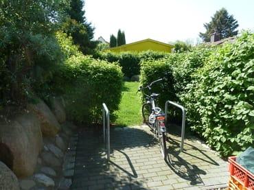 Fahrradstellplatz am Haus