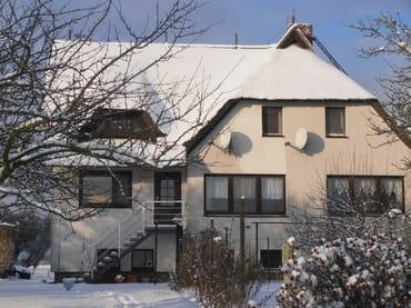 Lowkas Haus im Winter
