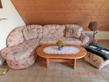 gemütliches Wohnzimmer mit Eckcouch