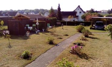 Unser Grundstück mit Carport
