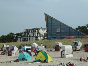 Auf kürzestem Weg zu erreichen - Strand und Versorgung