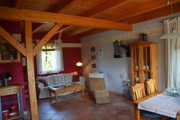 offener Wohn-, Küchen- und Essbereich