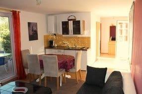 Eingangsbereich, Küche, Essbereich