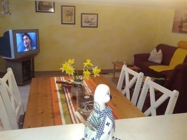 Wohnzimmer mit Eß-u. Couchecke