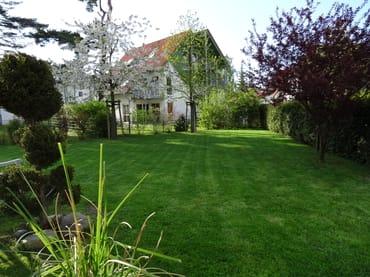 Ein 400 qm großer Garten nur für Sie und Ihre Kinder