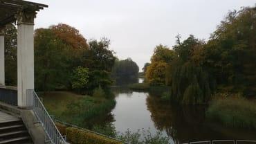 Schwanenteich im Schlosspark Putbus