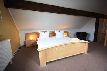 Maisonette-Schlafzimmer mit viel Platz