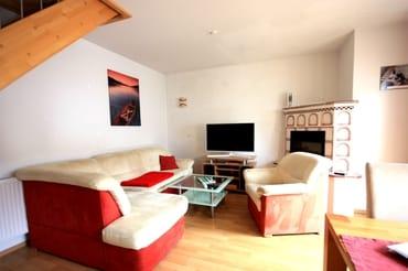 Wohnzimmer mit Kaminecke