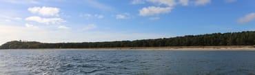 Blick auf das Ostseebad Thiessow mit der Dünenvilla, dem 8 km breiten Sandstrand