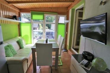 Wohn und Eßbereich mit 2 Terrassen
