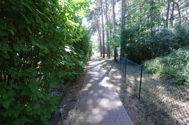 der Zugang zur Dünenvilla 2 vom Parkplatz