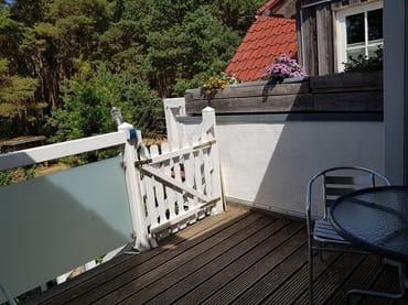 geschlossene 1. Terrasse,