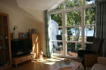 Wohnzimmer mit Balkon zum Meer (2), direkter Meerblick
