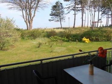 Blick vom Balkon der Ferienwohnung zur Meerseite