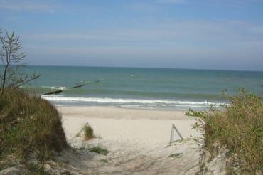 Unmittelbarer Strandzugang (150m entfernt)