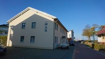 Zufahrt zum Haus MAX im Fischerweg 11 (ehemals 93a) in Glowe