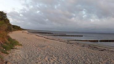Glower Strand