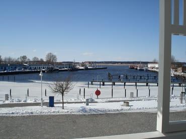 Der Hafen in Winter
