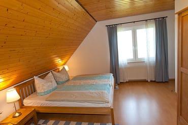 Schlafzimmer 1 mit separatem daxbed