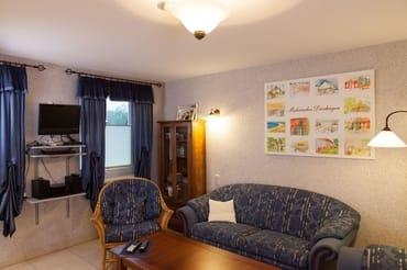 Wohnzimmer, TV, DVD und CD