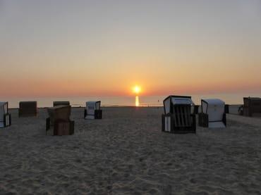 immer eine Empfehlung - Sonnenaufgang am Strand