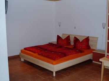 Doppelbett 1,80m x 2,00m