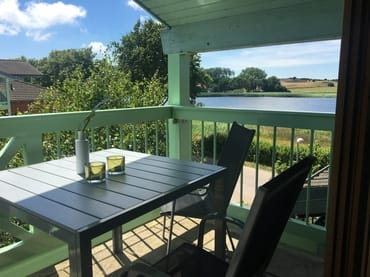 Balkon mit herrlichem Seeblick