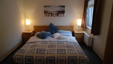 Turmschlafzimmer mit Doppelbett 180*200 cm
