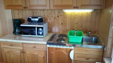 Kleine Küchenzeile im Wohnzimmer