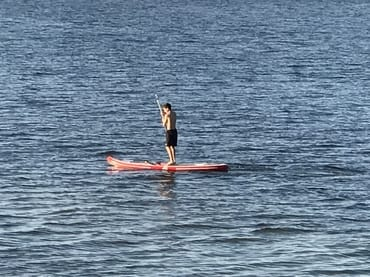 Stand Up Paddle auf dem Meer